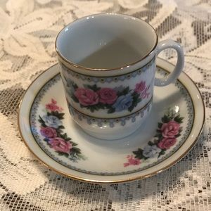 Demitasse teacup set with pink & blue roses